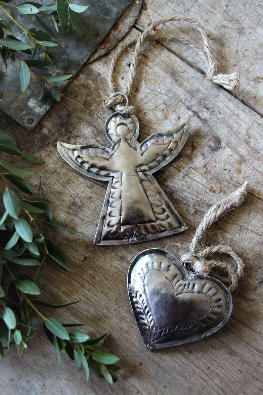 Majas Hängande Metall Hjärta